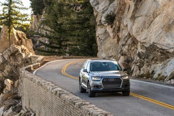 Audi Q7 2017 (5)