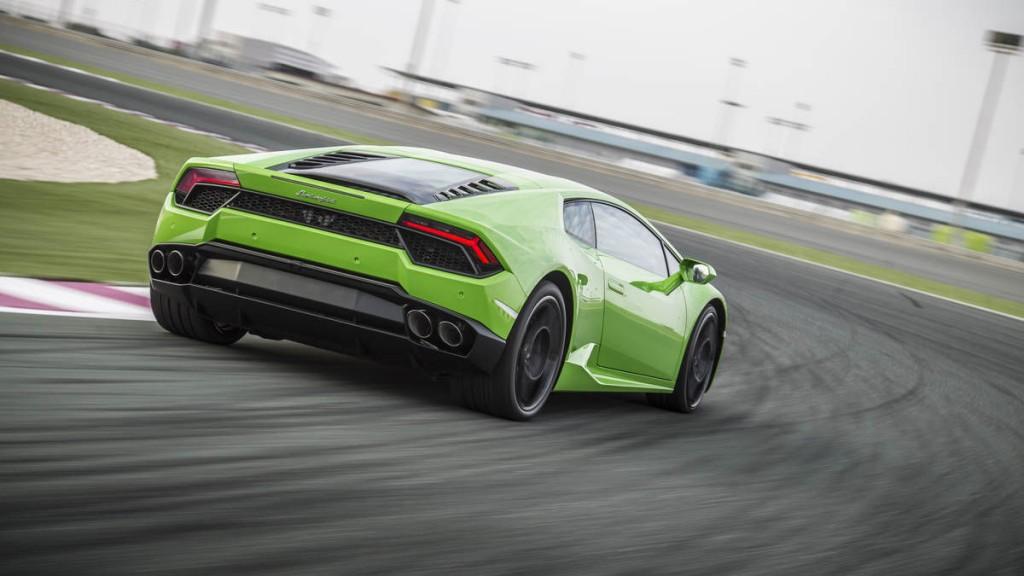 Lamborghini Huracan цена в России