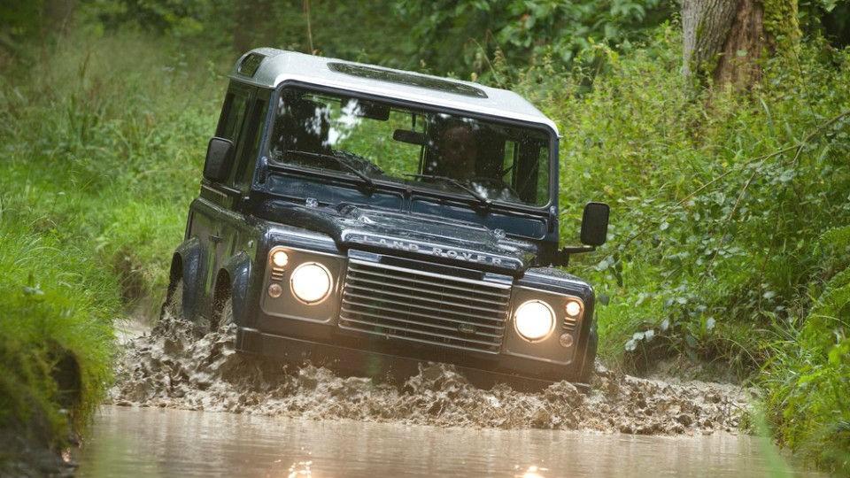 Land Rover Defender 2018 фото