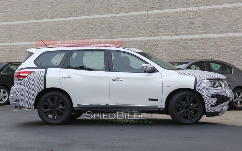Nissan Pathfinder 2017 (9)