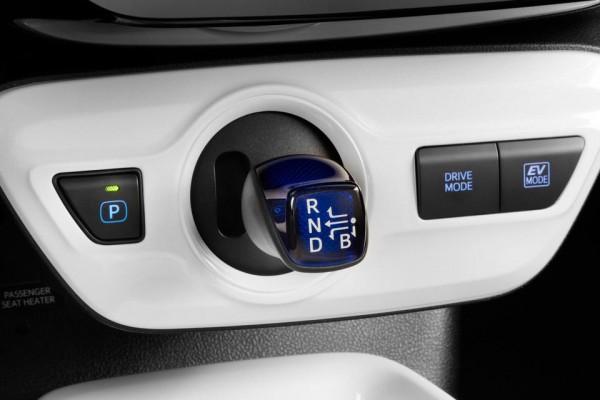 Toyota Prius 2016  (14)