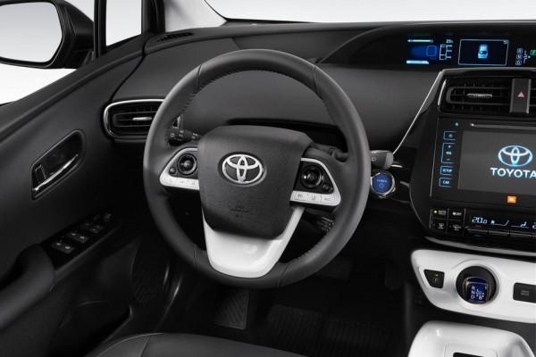 Toyota Prius 2016  (15)