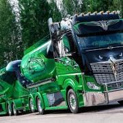 Впечатляющие грузовики!