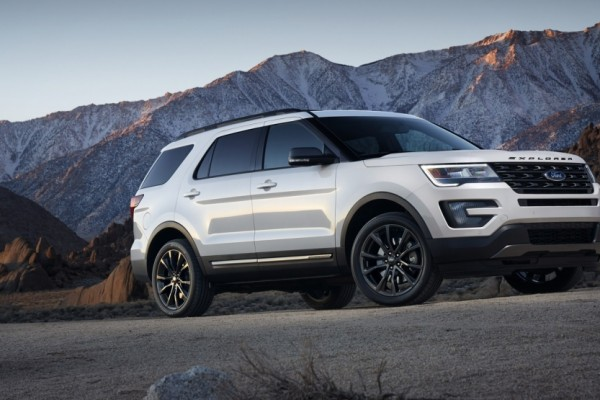 Ford Explorer XLT Sport Appearance Package 2017  (4)