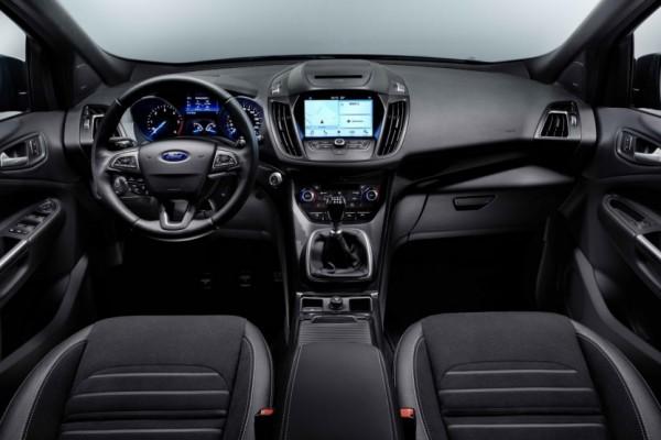 Ford Kuga 2017 (6)