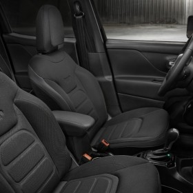 Jeep Renegade Dawn of Justice Special Edition (1)
