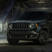 Jeep Renegade новая спецверсия Dawn of Justice Special Edition