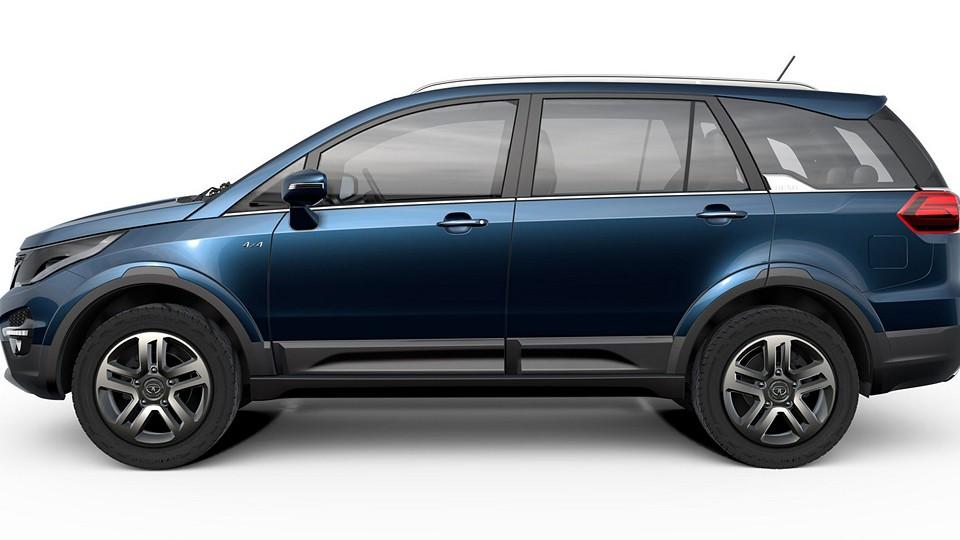 Индийская компания Tata представила на автосалоне в Нью-Дели новый кроссовер под названием Hexa. В основу модели лег одноименный концепт, представленный в марте прошлого года на Женевском автосалоне. Новинка построена на модернизированной платформе, которая применялась на другом кроссовере Tata – Aria. Машина сохранила силовую структуру кузова, подвеску типа McPherson спереди и неразрезной мост сзади. Как и по габаритам, так и внешне серийная версия полностью повторяет прототип. Длина модели составляет 4764 миллиметра, ширина – 1895 миллиметров, а высота – 1780 миллиметров. Колесная база кроссовера равна 2850 миллиметрам. В Нью-Дели дебютировала модель Tata Hexa В движение Hexa приводит 2,2-литровый турбодизель мощностью 154 лошадиные силы (крутящий момент – 400 Нм). По умолчанию он сочетается с шестиступенчатой «механикой», а за доплату доступен «автомат» такого же диапазона. Кроме того, для автомобиля будет доступна система выбора режима работы силовой установки (Automatic, Comfort, Dynamic и внедорожный режим Rough Road). В Нью-Дели дебютировала модель Tata Hexa. Фото 1 В список оснащения новинки вошли светодиодные ходовые огни, мультимедийная система Harman с пятидюймовым экраном, электрорегулировки водительского кресла в восьми направлениях, аудиосистема JBL с десятью динамиками и настраиваемая подсветка салона (на выбор доступны восемь цветов). В Нью-Дели дебютировала модель Tata Hexa. Фото 2 В Индии продажи Tata Hexa начнутся во втором квартале этого года. Цена на новинку пока не объявлена. Предположительно, машина будет стоить от 1 миллиона 300 тысяч рупий до 1 миллиона 800 тысяч рупий (от 19 тысяч 220 долларов до 26 тысяч 611 долларов США). Конкурентами модели считаются Mahindra SsangYong Rexton, Chevrolet Captiva и Hyundai Santa Fe