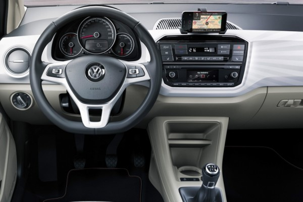 Volkswagen Up 2016 (7)