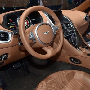 Aston Martin DB11 2017 (8)