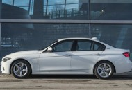 BMW 330E IPERFORMANCE (2)