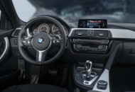 BMW 330E IPERFORMANCE (6)