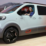 Citroen SpaceTourer HYPHEN (2)