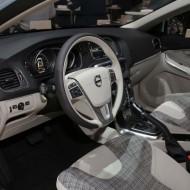 Volvo V40 2017 (4)