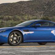 Aston Martin Vantage GTS: объявлена цена и комплектации