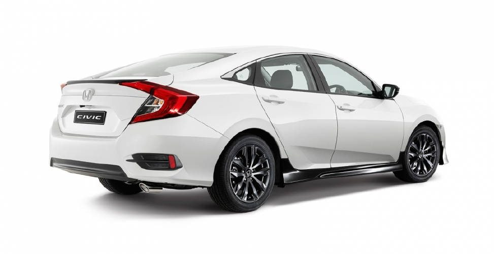 Honda Civic Sedan 2016 в новой комплектации Black Pack
