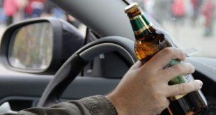 Водители, которые будут уличены в управлении автомобилем в состоянии алкогольного или наркотического опьянения будут лишены водительских прав сроком на 10 лет.
