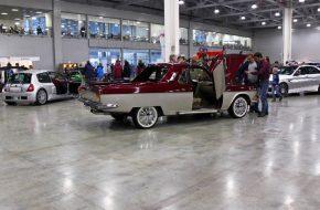 Неплохая переделка Волги ГАЗ-24 в стиле ютов 70-х годов (то есть легковых пикапов) Ford Ranchero и Chevrolet El Camino. Естественно, под этой стильной оболочкой — современные импортные агрегаты.