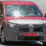 Dacia Logan 2017 модельного года попал в объектив шпионов