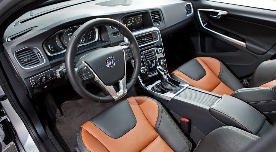 Volvo S60 Cross Country: видео тест-драйв