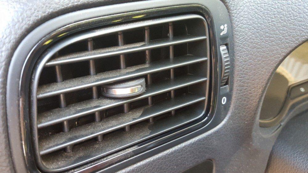 Гелевый очиститель против пыли в машине: тест