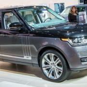 Range Rover 2017: новый мотор и список оснащение