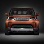 Первое официальное фото Land Rover Discovery 2017