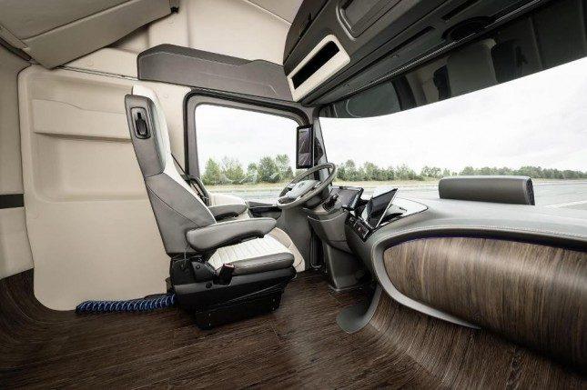 Топ-8: Грузовики и автобусы будущего