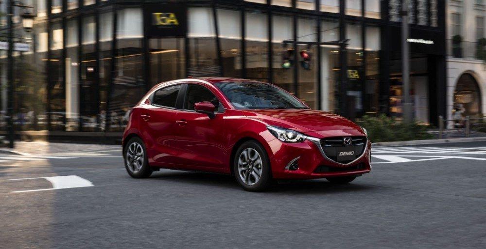 Mazda CX-3 и Mazda Demio/Mazda2 2017 представлены официально