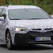 Opel Insignia Sports Tourer 2017: первые фото и характеристики