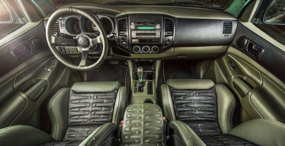 Армейский тюнинг Toyota Tacoma