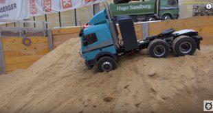 Песочница: Mercedes-Benz, Liebherr, Komatsu и другие