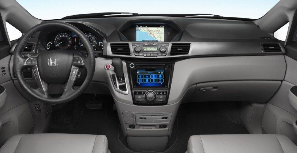 Honda Odyssey 2017: фото, характеристики и цена