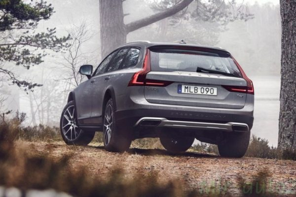 volvo-v90-cross-country-volvo-v90-cross-country-2
