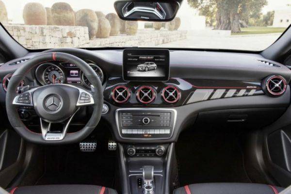 Mercedes-Benz GLA-Class 2018 (6)