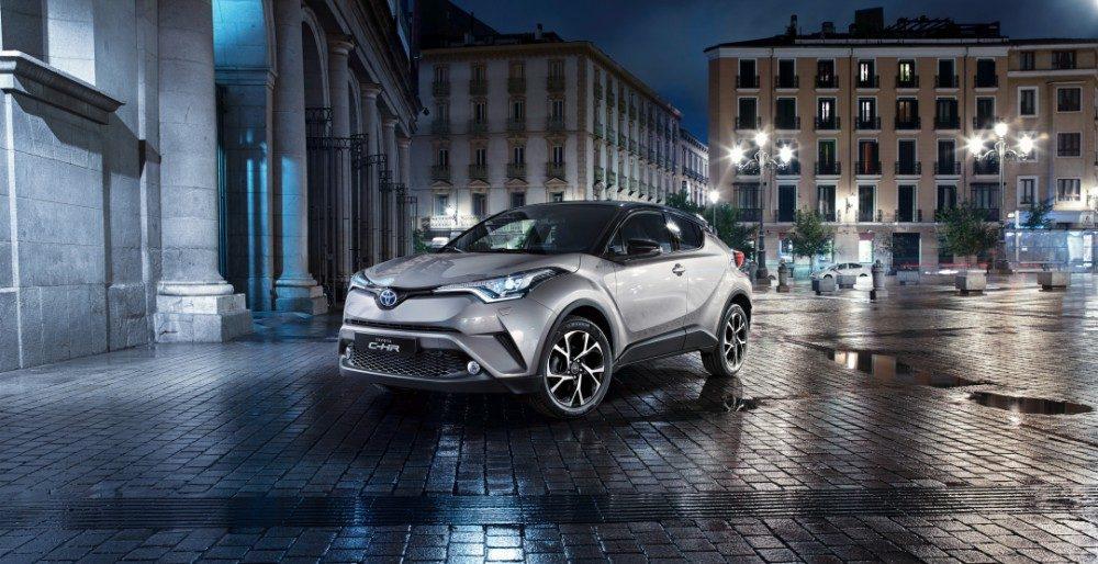 Toyota готова к старту продаж кроссовера C-HR в России