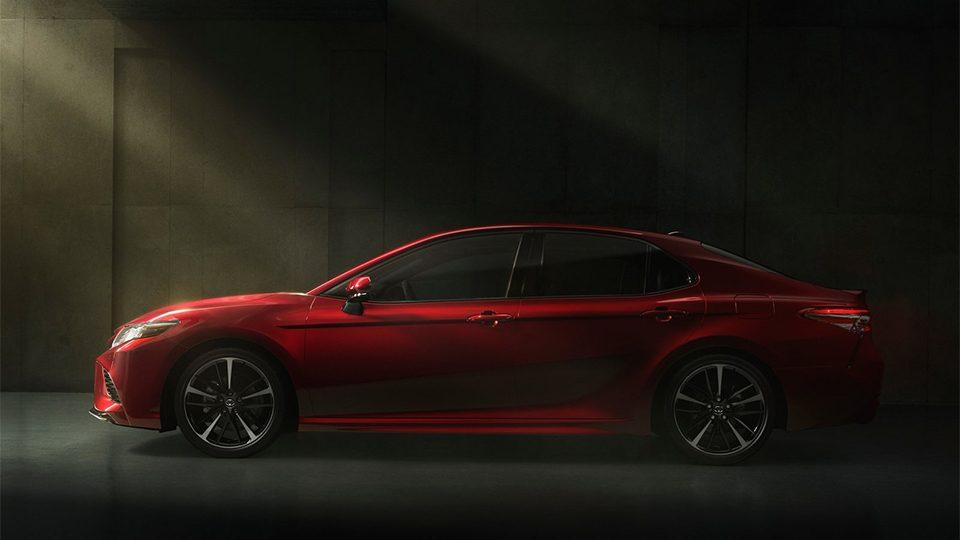 Тойота Камри 2018: новый кузов, комплектации и цены, фото