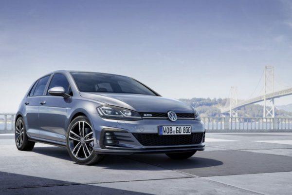 Volkswagen Golf GTE 2017 (2)