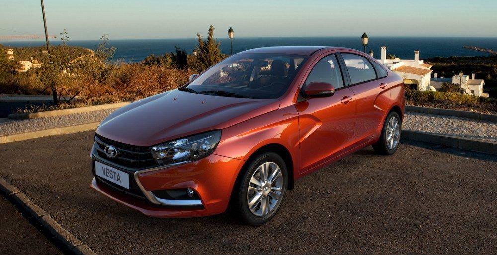 АвтоВАЗ пересмотрел цены на все модели Lada
