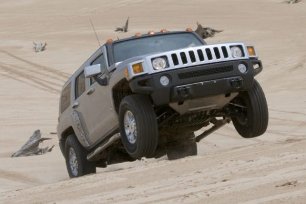 Hummer H3 (2)