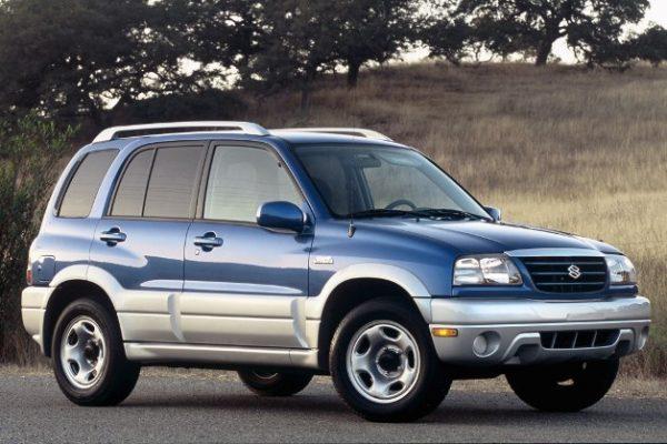 Suzuki Grand Vitara (1)