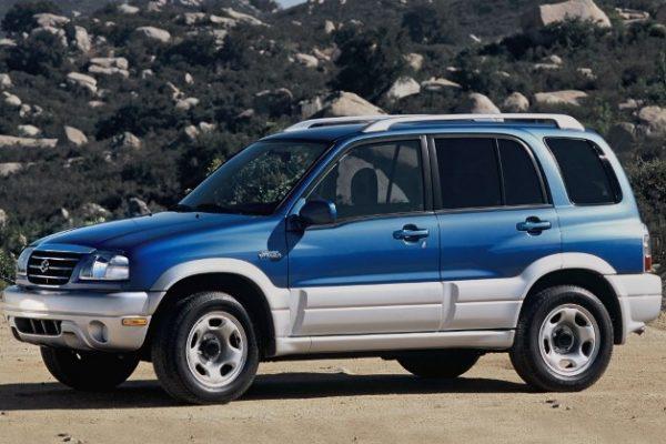 Suzuki Grand Vitara (2)