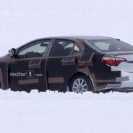 Тойота Королла 2019 дебютировала на первых «живых» фото
