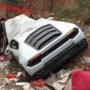 Новый Lamborghini Huracan разбили на помойке в Китае