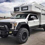 Ford EarthRoamer XV-LTS 2017: вокруг света на автодоме