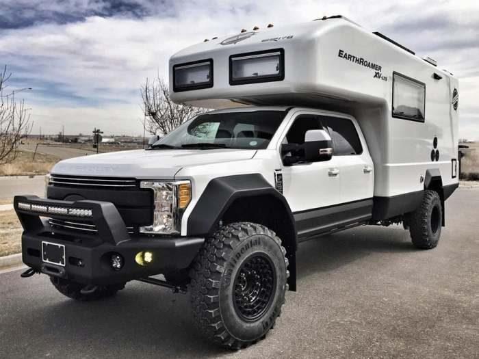 Ford EarthRoamer XV-LTS 2017