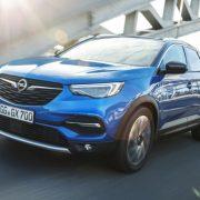 Opel Grandland X официально получил ценник