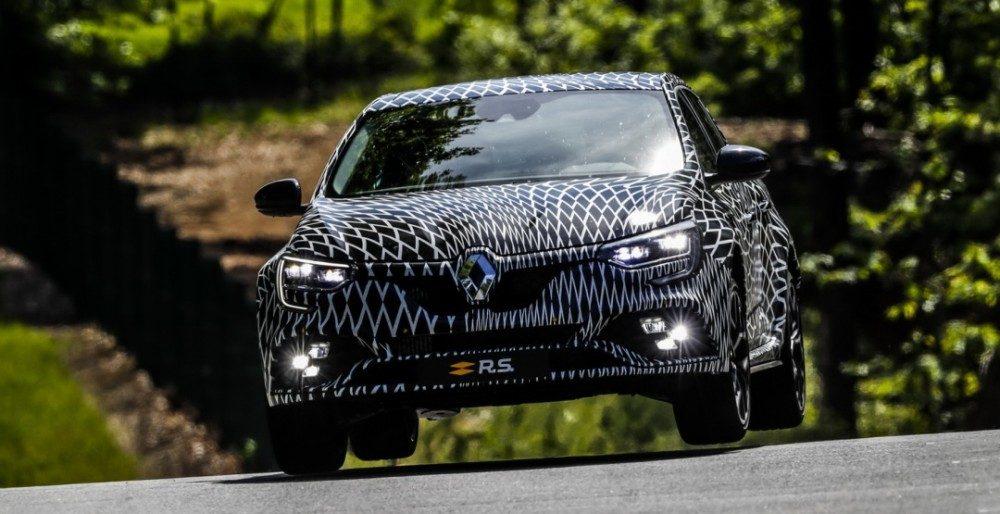 """Renault Megane RS 2018: полноуправляемое шасси и другие """"плюшки"""""""