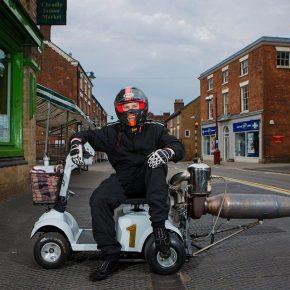 Реактивный скутер для инвалидов. Видео дня