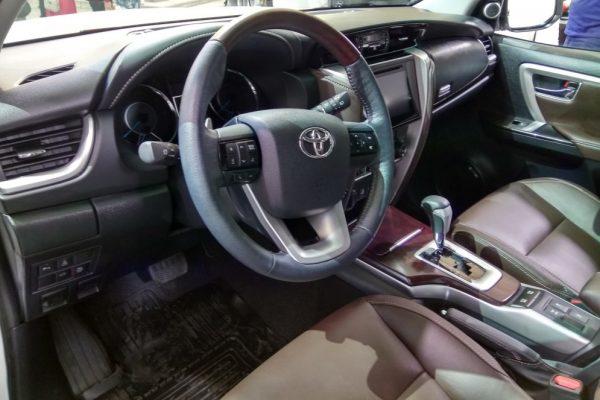 Toyota Fortuner 2017 3